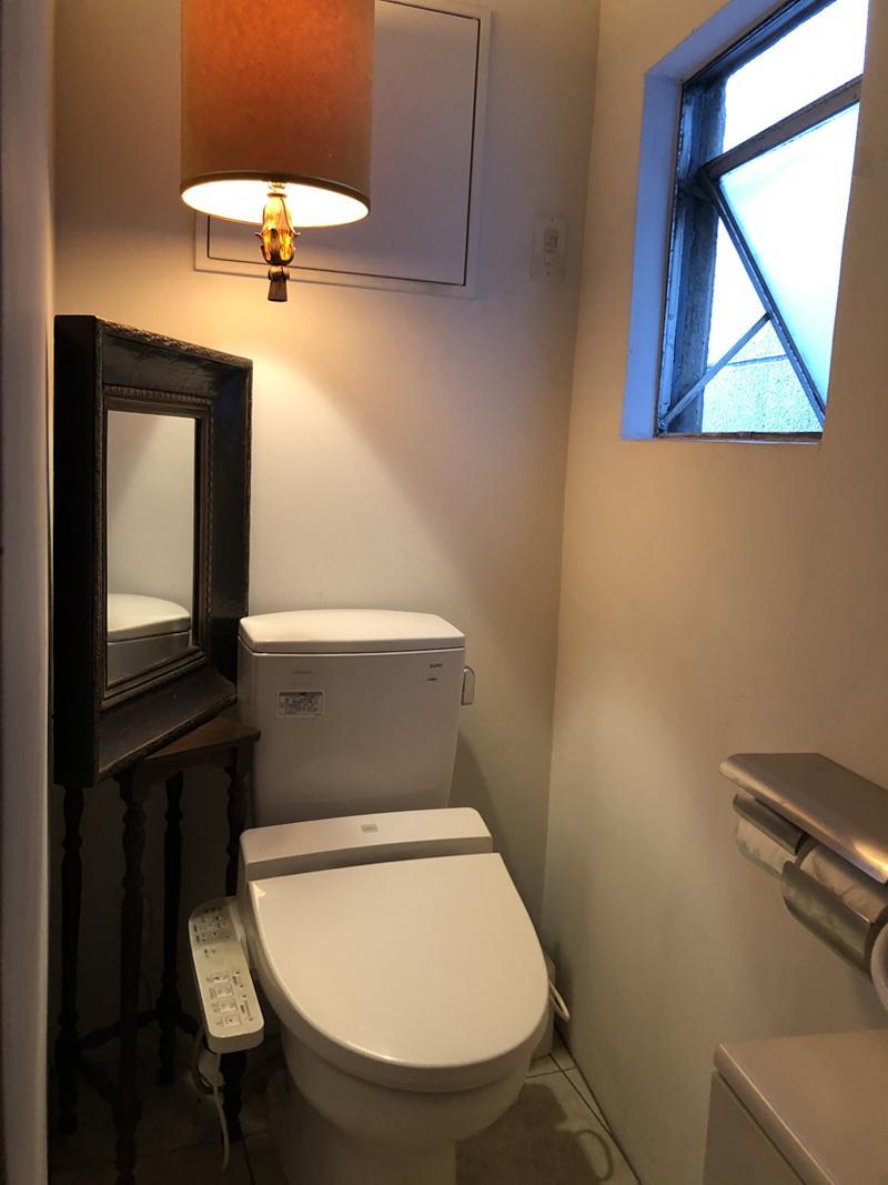 トイレは4階サロンの専用