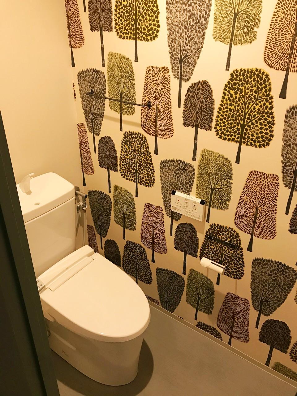 ポイントクロスが効いたトイレ
