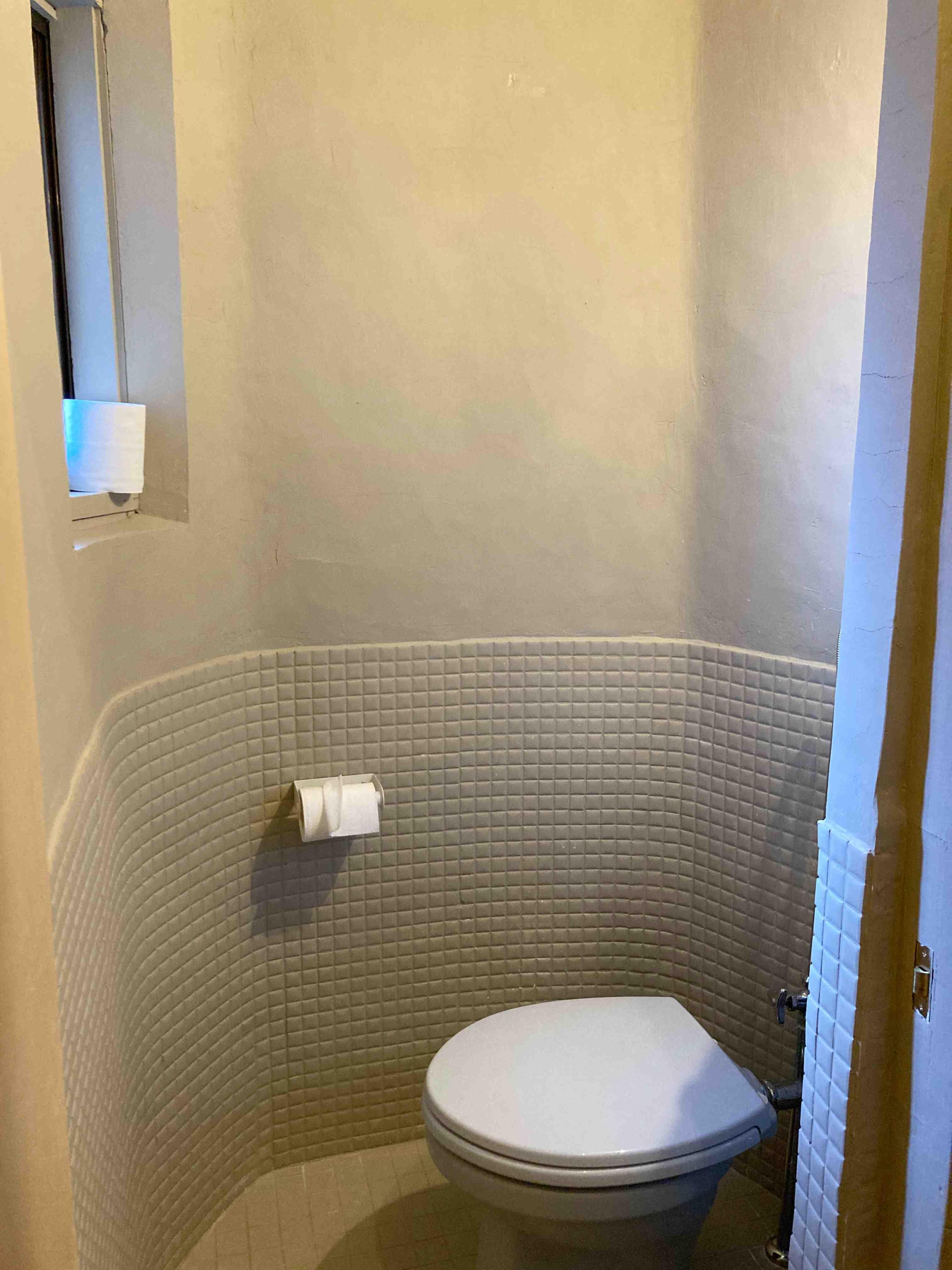 半円形のトイレがかわいいです