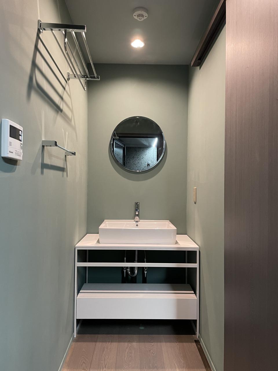 専用洗面台も一新されています