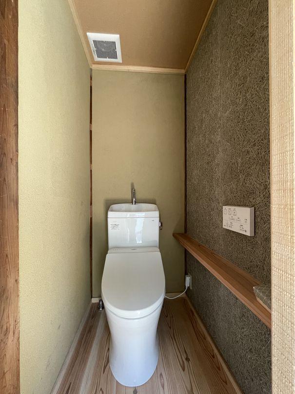 トイレも新しい設備に入れ替えられています