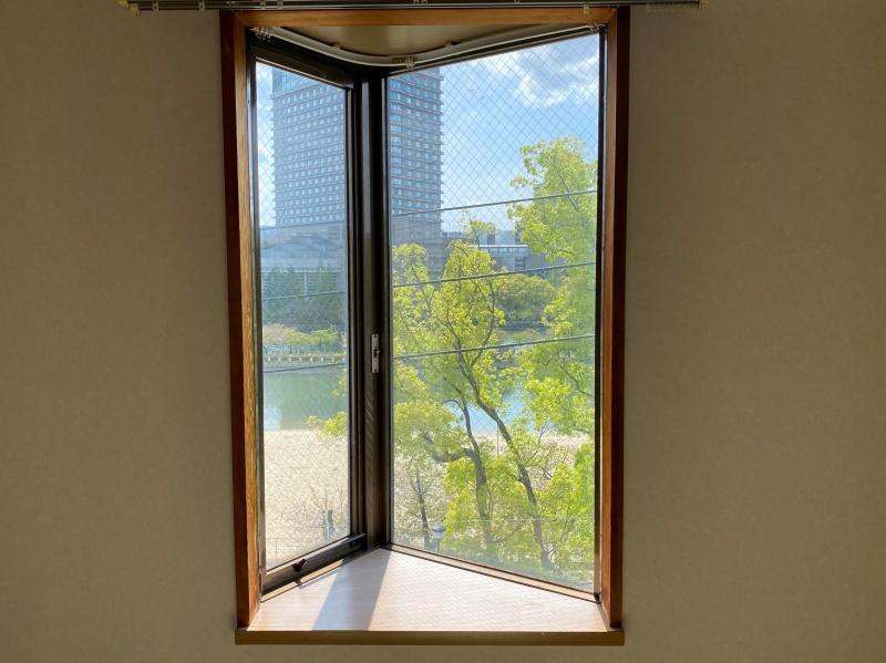 景色を飾る額縁のような窓(もちろん開閉できます)