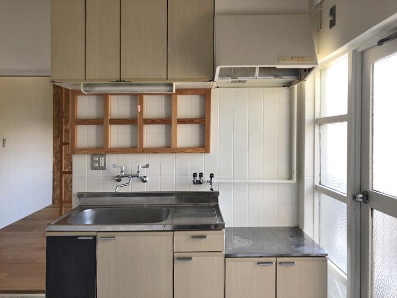キッチンはガステーブル設置可