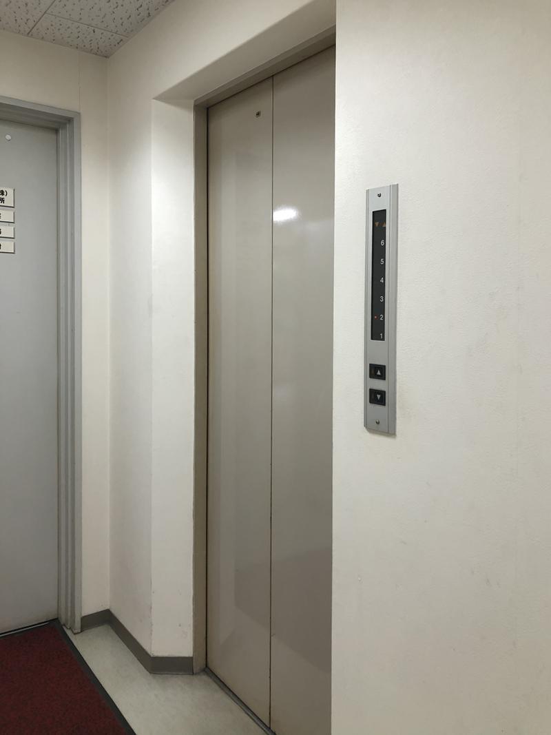 エレベーター付きなので荷物の搬入も困難ではありません。