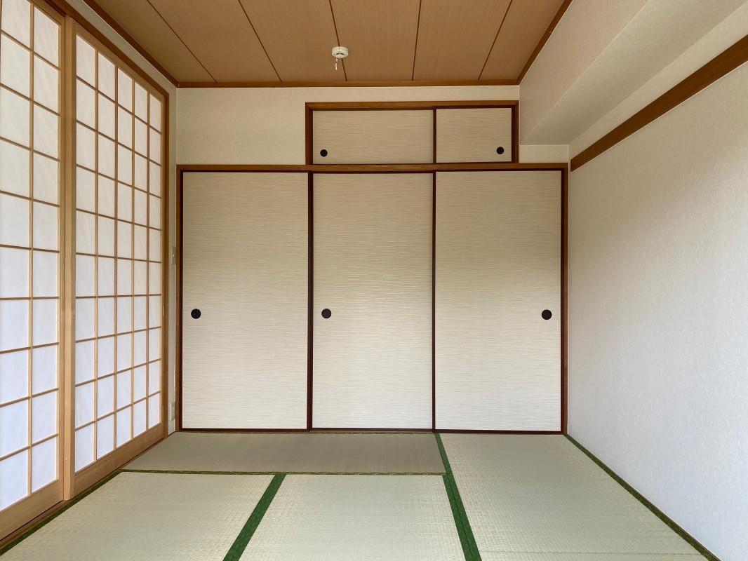 約6帖ある和室。畳の良い匂いがたまりません。
