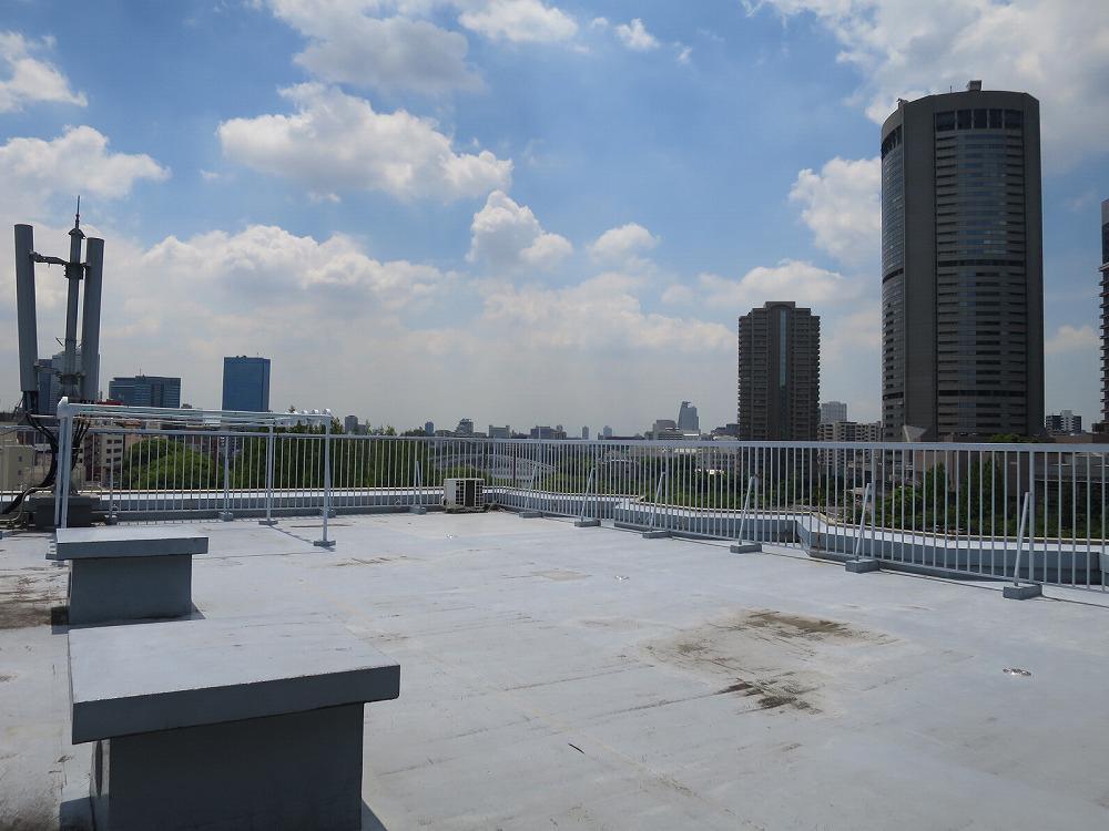住人専用の屋上。ここから眺める景色は格別です。