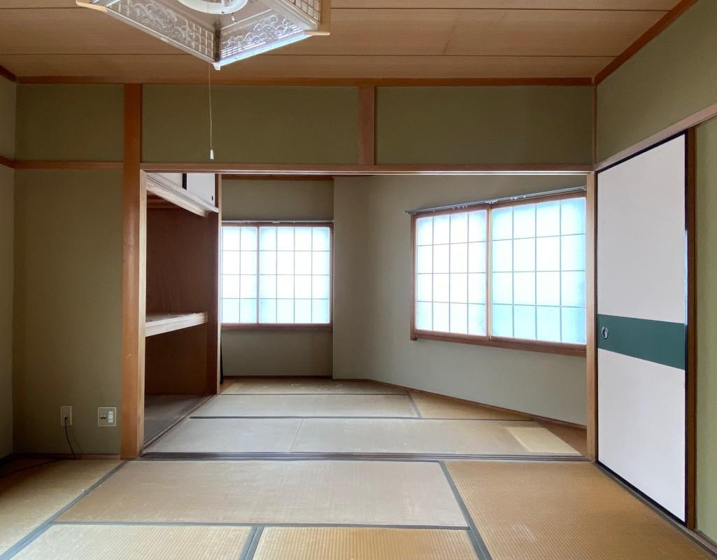 3階の和室、仲間を呼んで雑魚寝もできます!