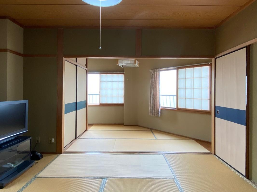 2階の和室、以前住んでいた方はリビングとして使っていた模様。
