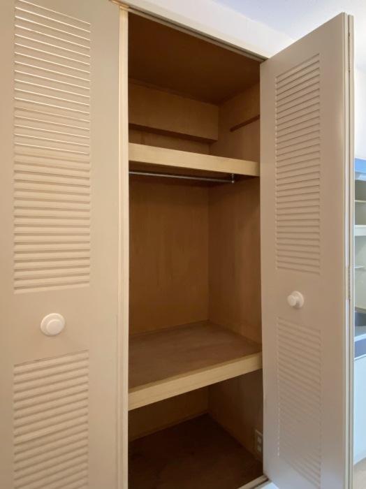 何を入れるか悩む大きさの収納スペース。