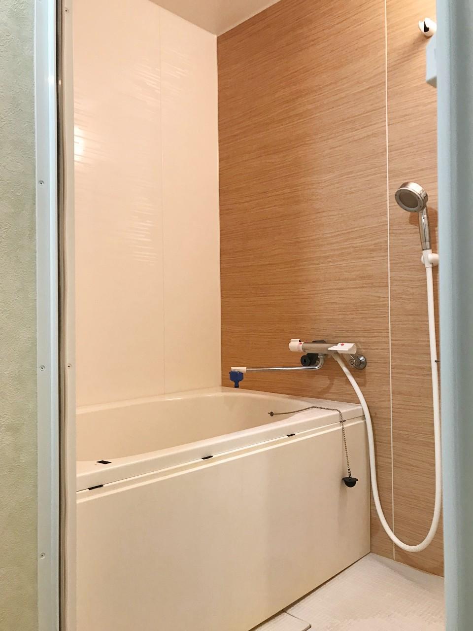 コンパクトな浴室