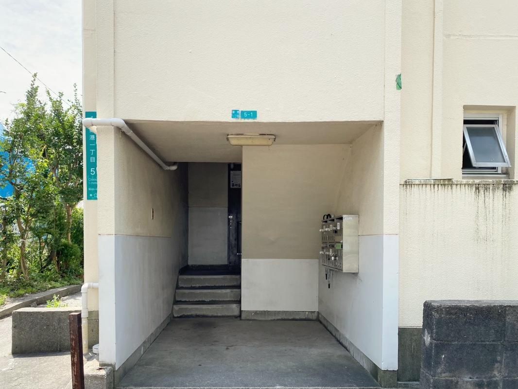 ここから4階まで登ります。