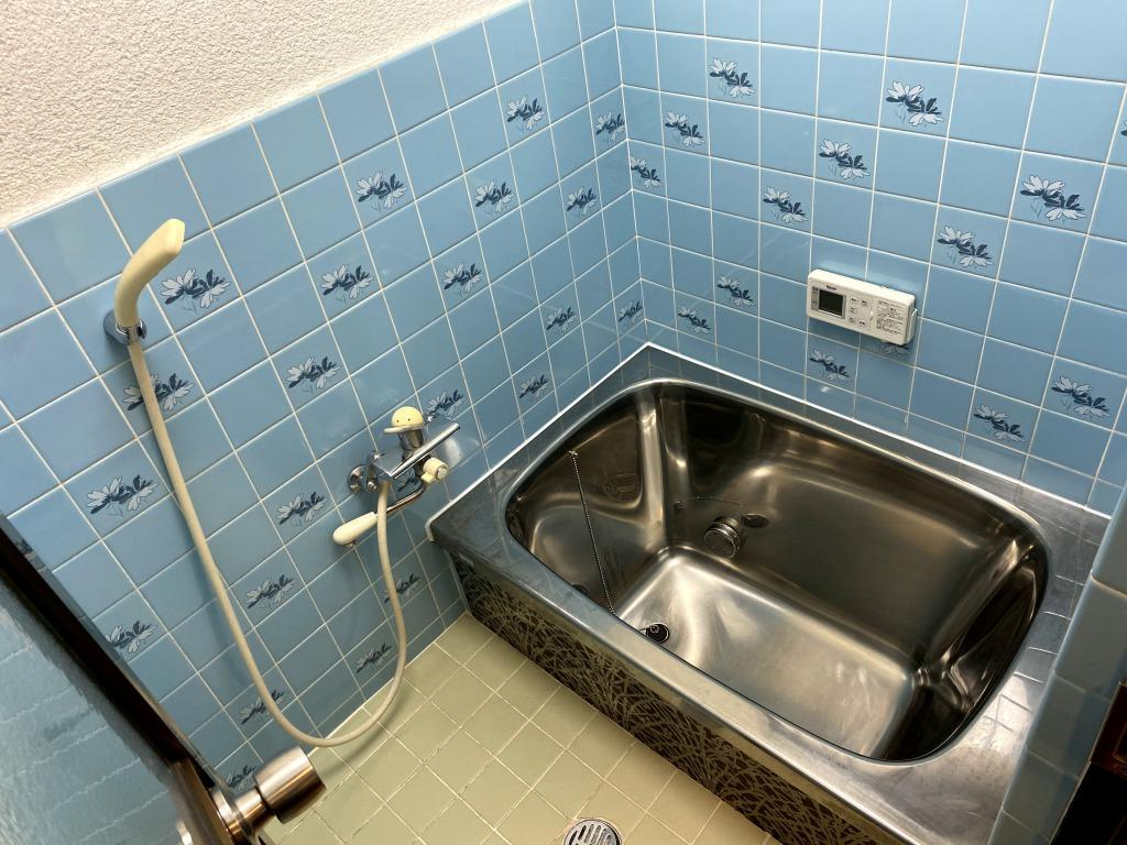浴室は既存のものを再利用