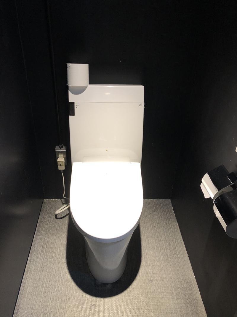 トイレは男女別になっています。