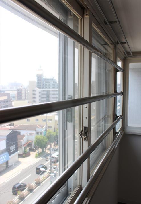 二重窓が、あべの筋からの音をほとんどカットしてくれます