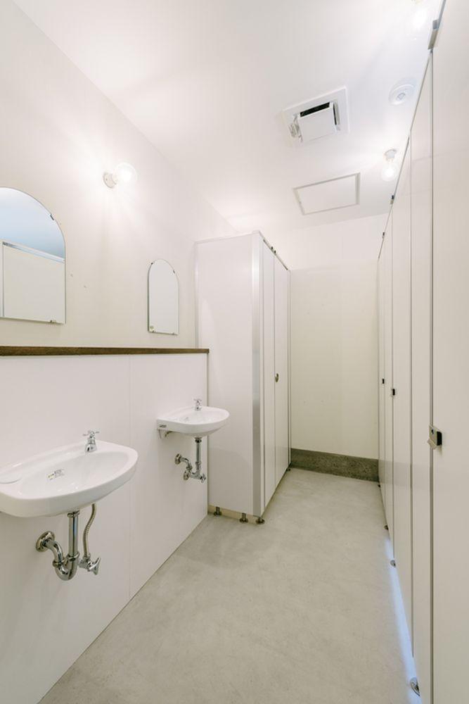 共用トイレ(男女別)