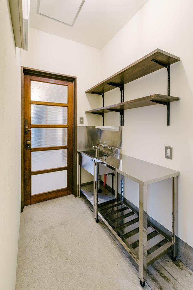 共用台所(冷蔵庫、電子レンジ、電気ポットを設置)