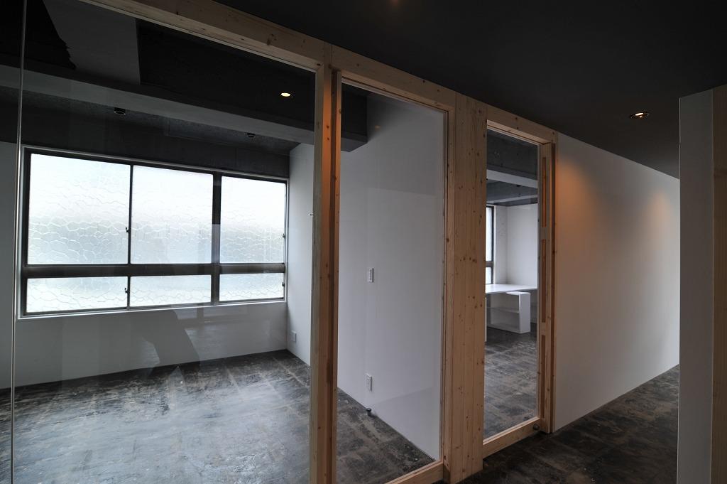 3階テナント(左:06号室・右:07号室)