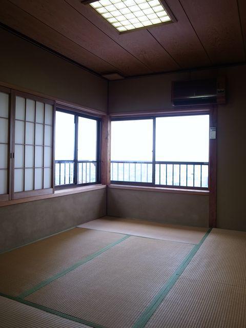 2階の和室全景