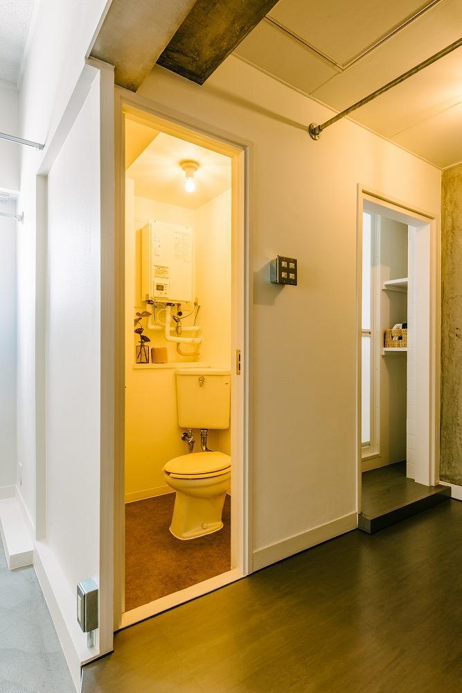 トイレは既存再利用(普通便座)