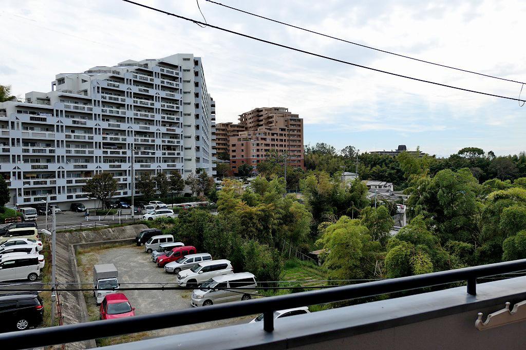2階だけどこの抜け感。バルコニーからの眺望