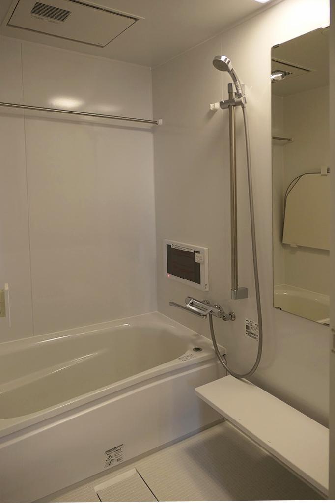 浴室(追焚き機能付き・浴室テレビ・浴乾付き)洗濯物はこちらに干せます