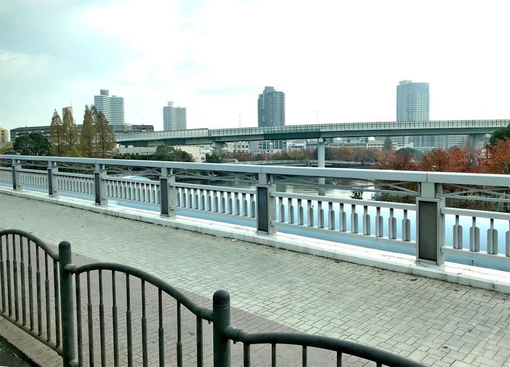 徒歩1分、大川毛馬橋