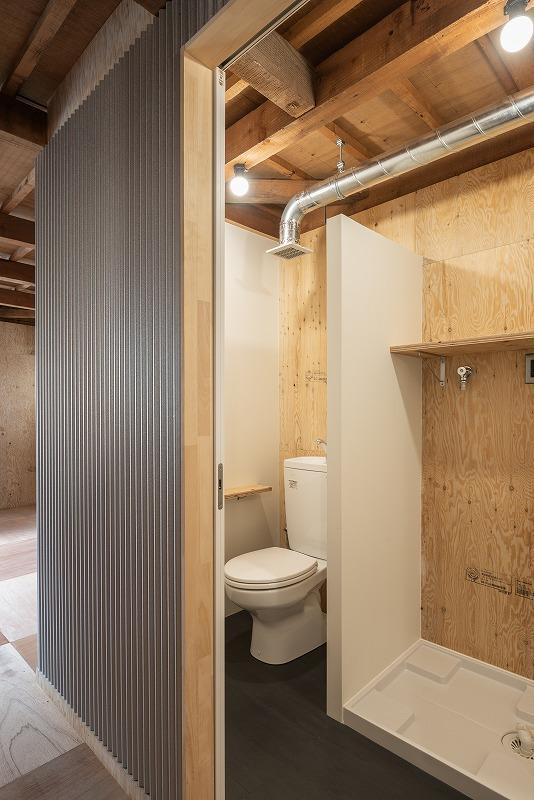 トイレ・洗濯機置き場