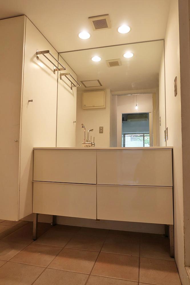 大きな洗面兼脱衣室