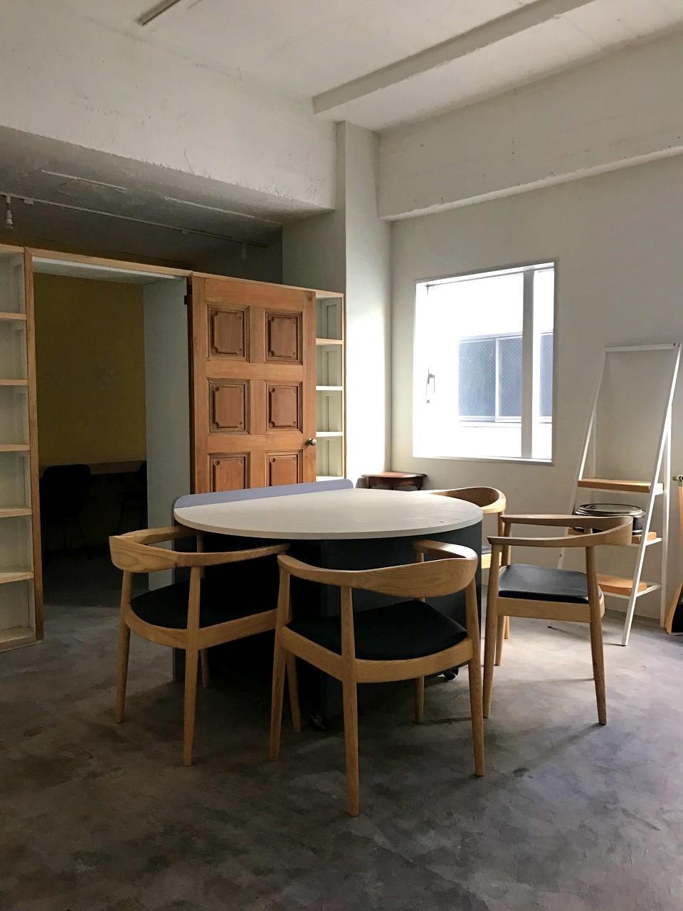 今回募集区画。前入居者さんの家具・造作をそのまま使えます