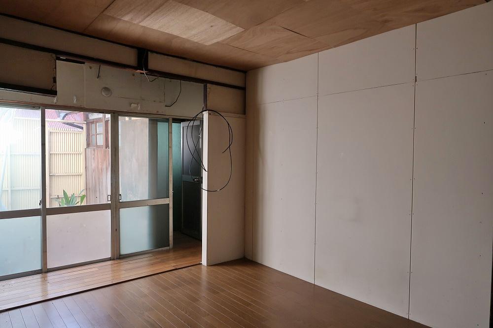 1階。東側の洋室。