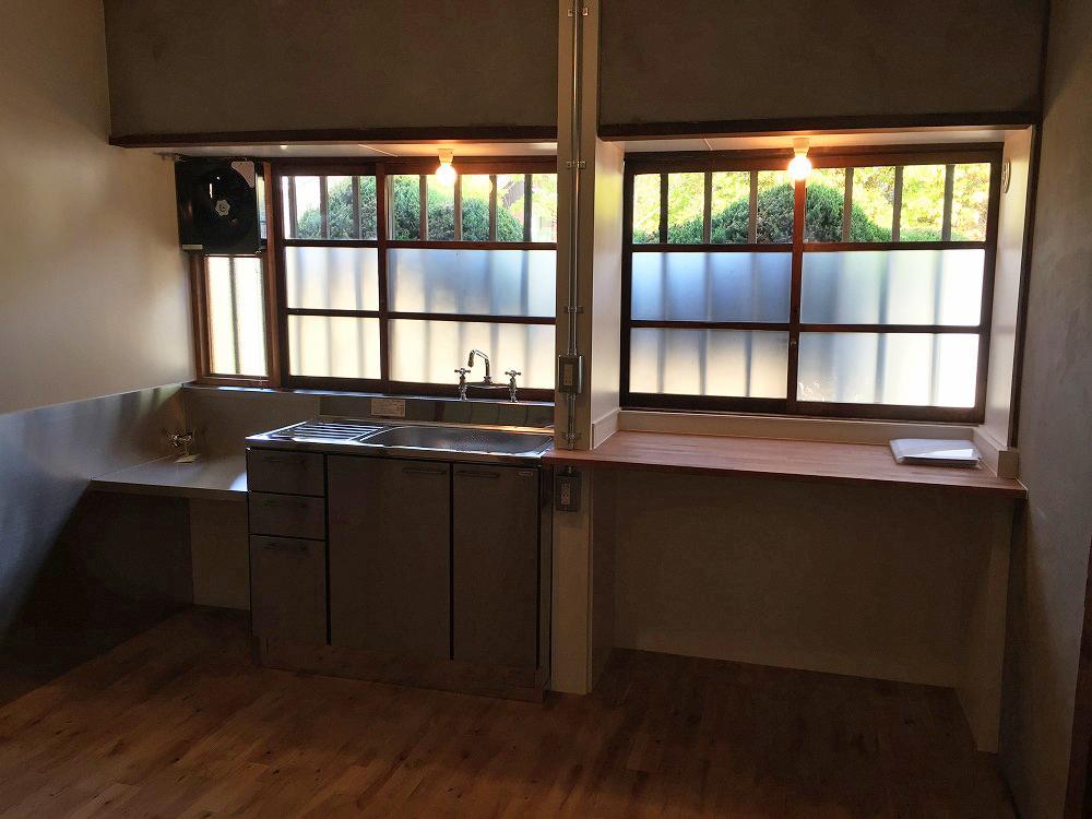 キッチンの作業スペースは広めに取っています。