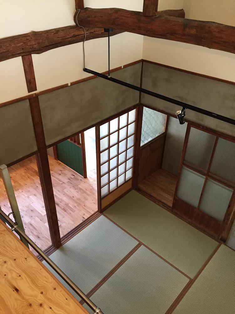 クローゼットの上から撮影した4.5帖の和室