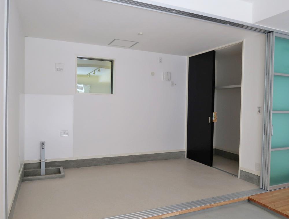 約5帖のフリールームは趣味の部屋や子供部屋にも。