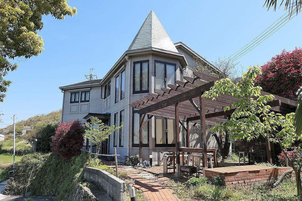 そよ風吹く、山の上のオーベルジュ (東大阪市客坊町の物件) - 大阪R不動産