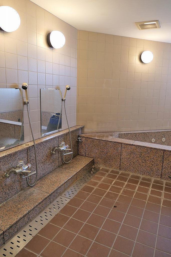 地下にある大浴場(男湯・女湯あり)