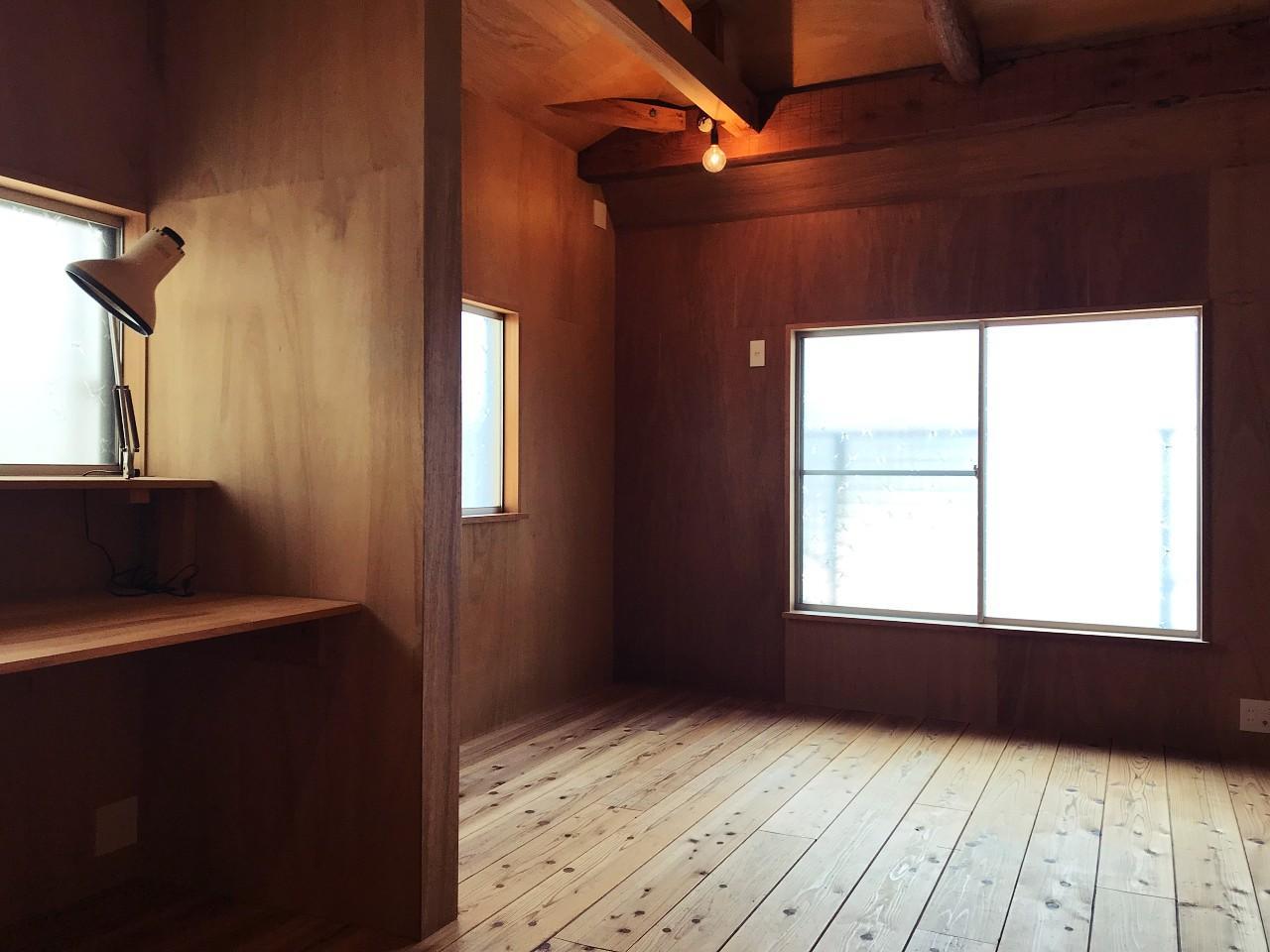 南側の個室スペース