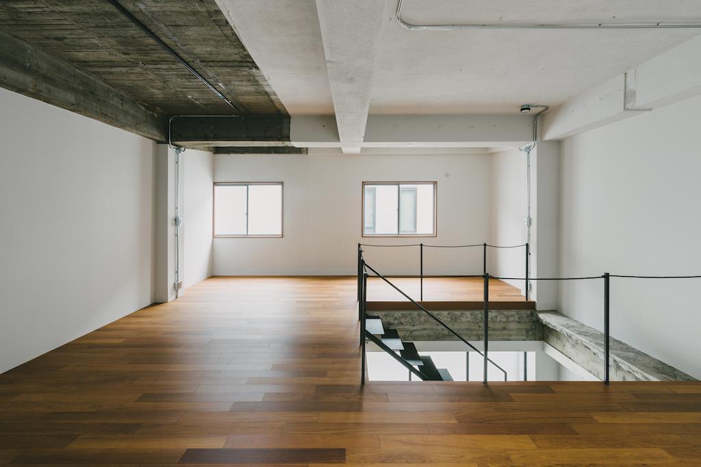木質仕上げの2階は温かみのある雰囲気に