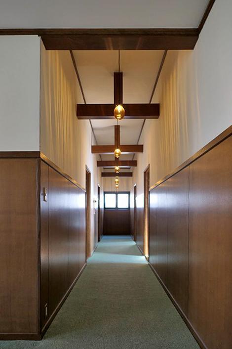 2階共用廊下