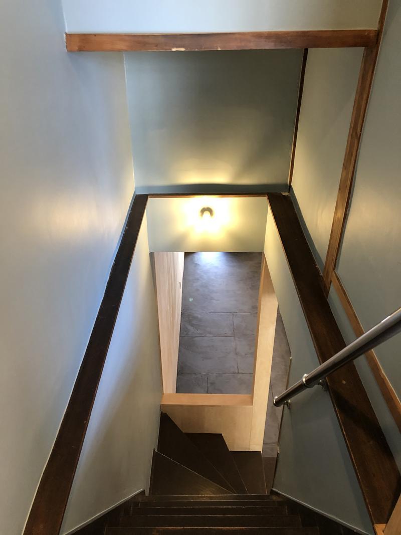 階段は少し注意が必要。