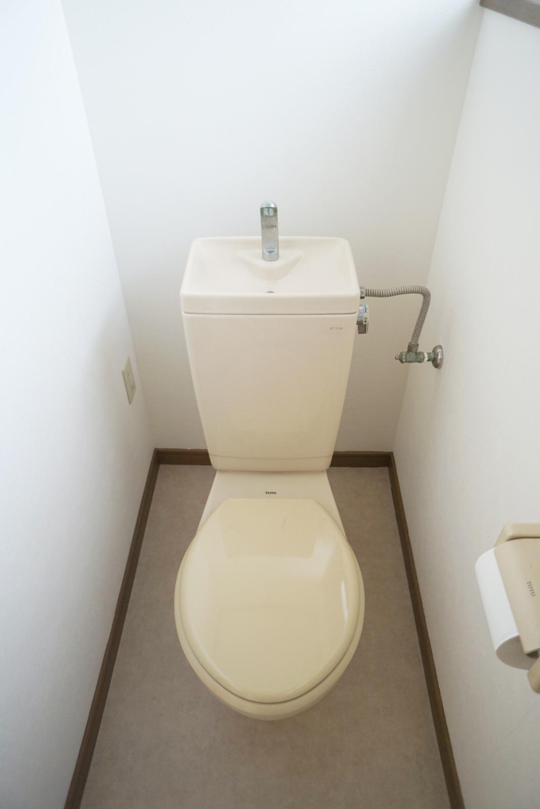 トイレも清潔感があります。