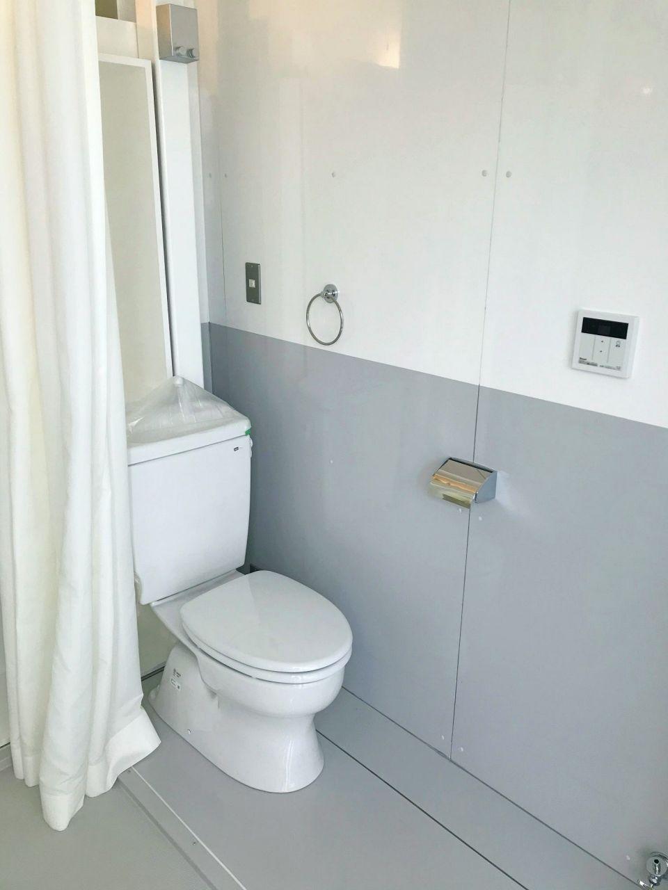 シャワー、トイレ、洗濯機置場あり