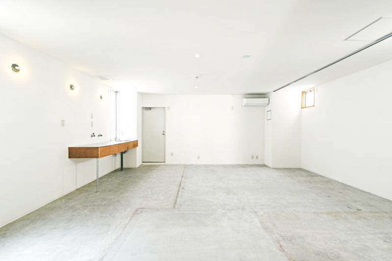 4階の打ち合わせスペース ※家具が搬入されます