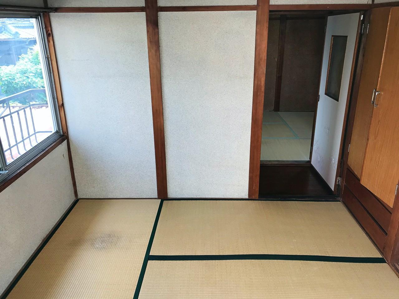 2階は畳の和室