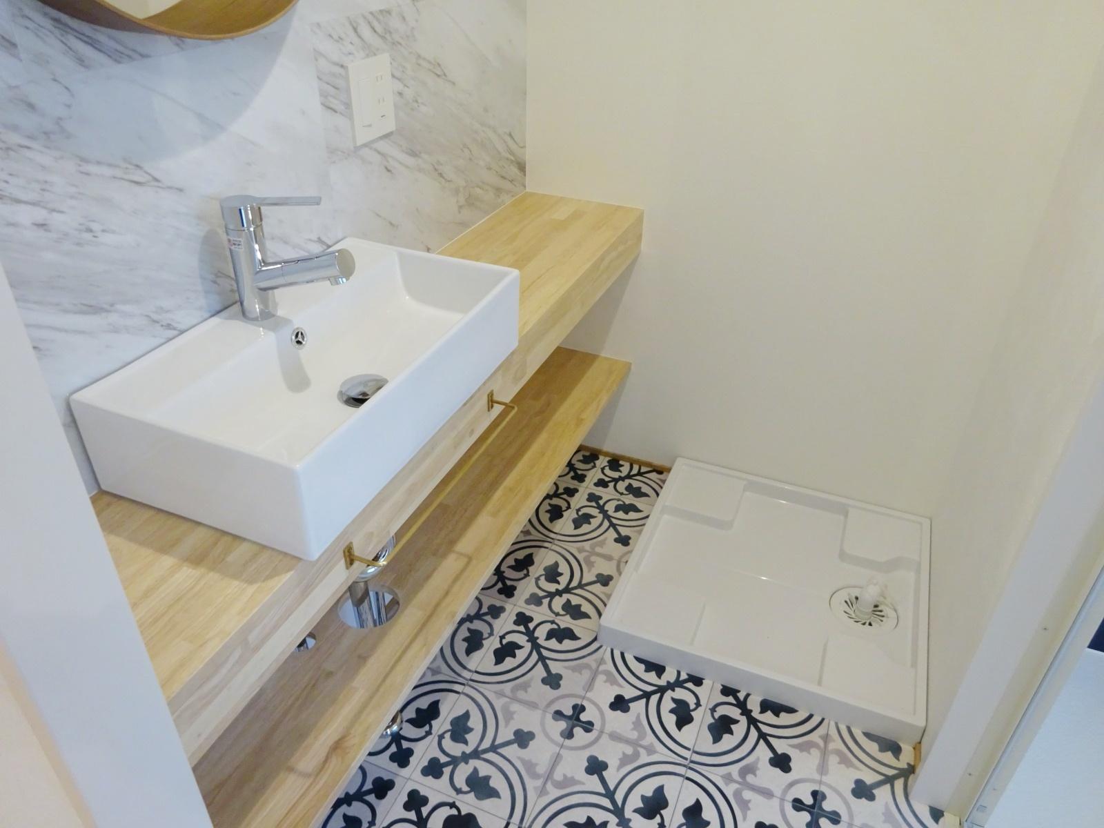 洗濯機も洗面スペースに