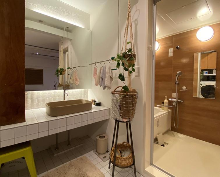 タイルが可愛い洗面室