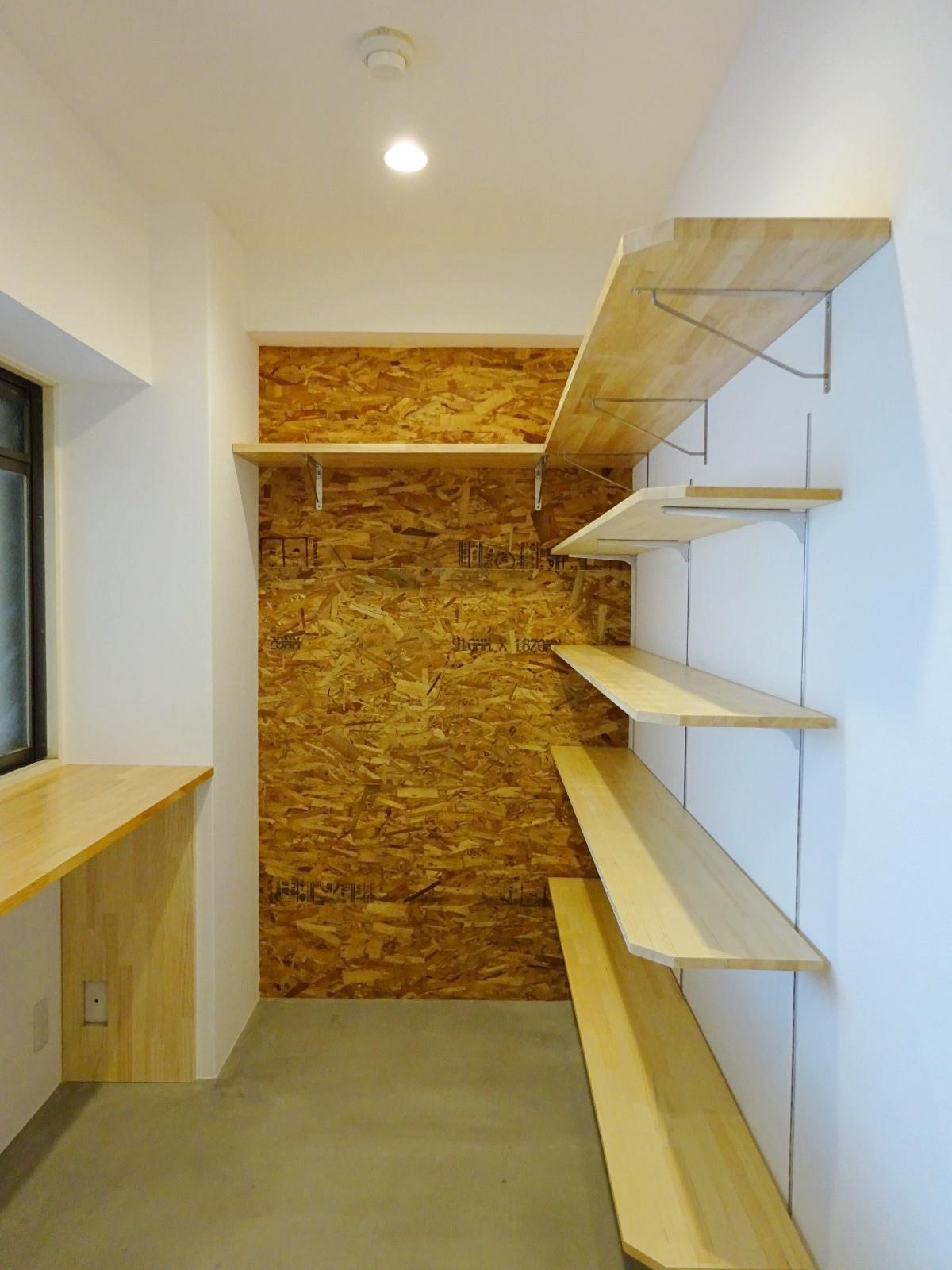 玄関の土間スペース。充分な収納ができます。