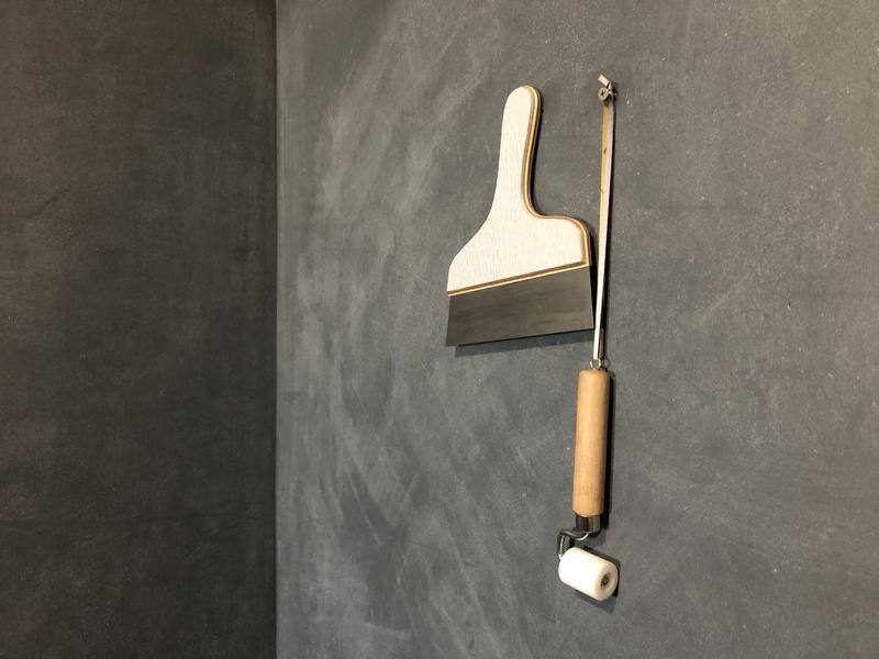 やすりを張る際に使われた道具