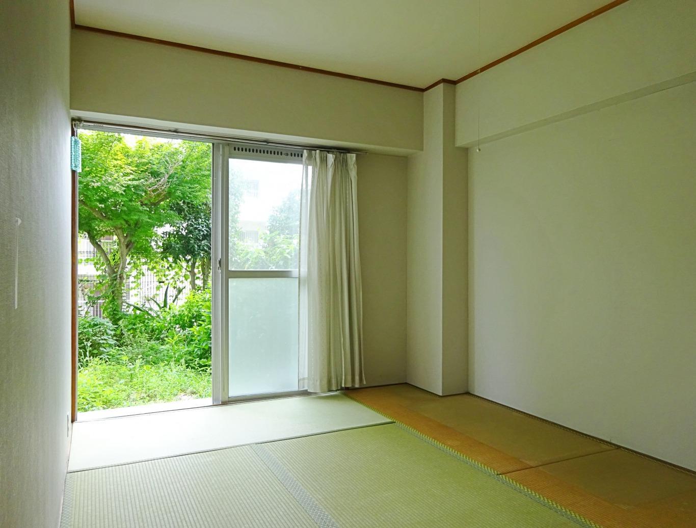 和室。ここからも専用庭へ出入りができます。