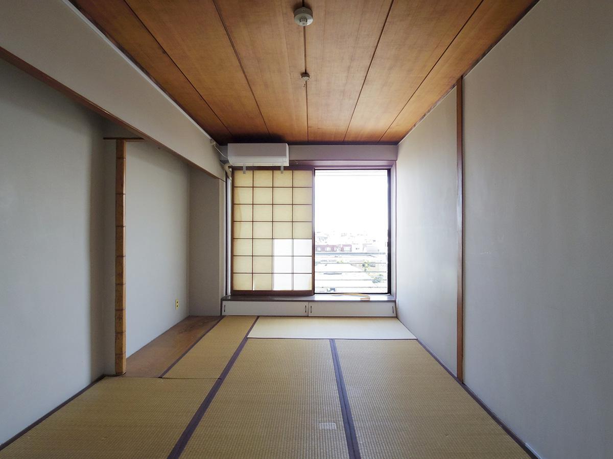 板張り天井の和室もいい雰囲気