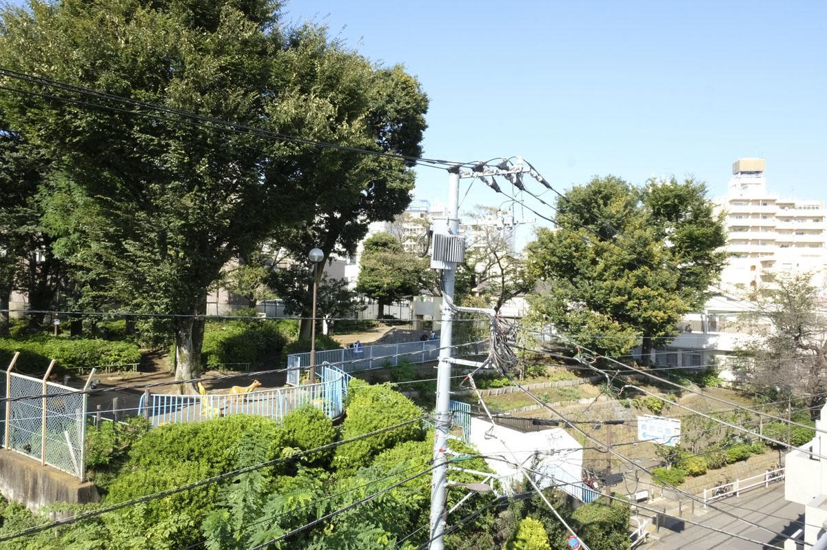 公園前で暮らす、働く (新宿区高田馬場の物件) - 東京R不動産